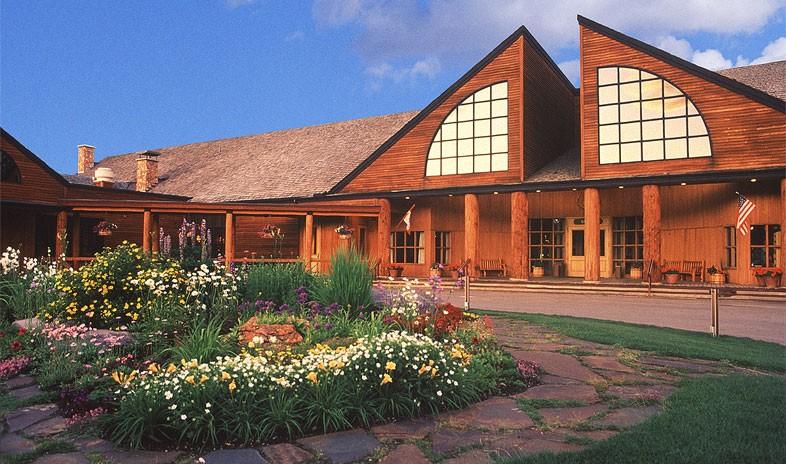Grouse Mountain Lodge Montana 4.jpg