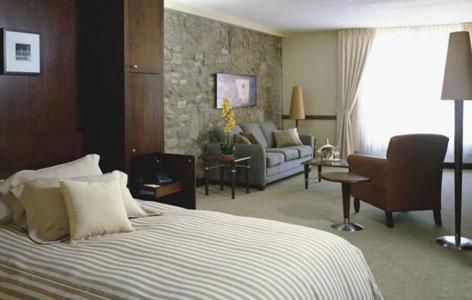 Le Saint Sulpice Hotel Montreal Meetings.jpg