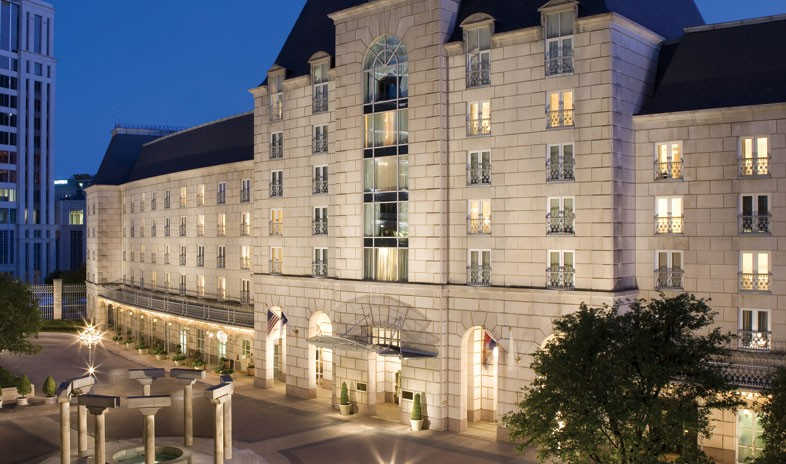 Rosewood Crescent Hotel 2.jpg