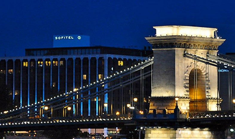 Sofitel Budapest Chain Bridge Meetings.jpg