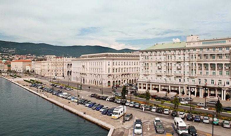 Savoia Excelsior Palace Meetings.jpg