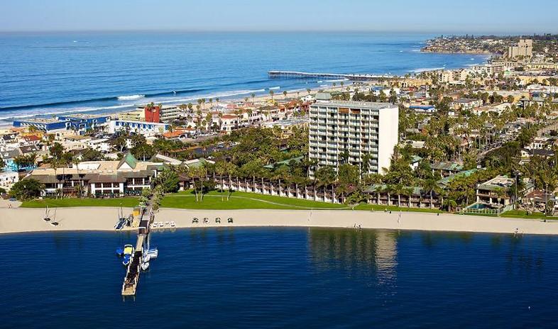 Catamaran-resort-hotel-and-spa Meetings.jpg