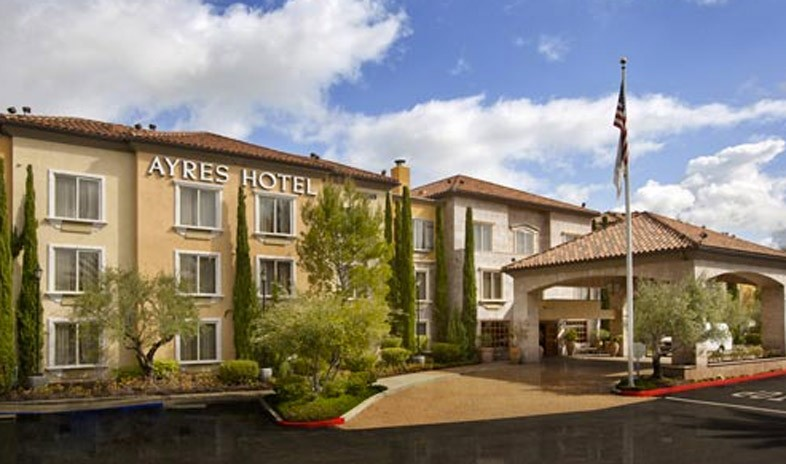 Ayres-hotel-laguna-woods Meetings.jpg