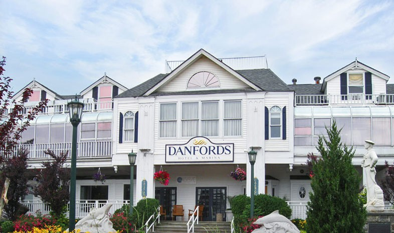 Danfords-hotel-and-marina Meetings.jpg