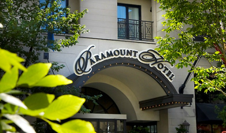 Paramount-hotel-a-coast-hotel Meetings.jpg