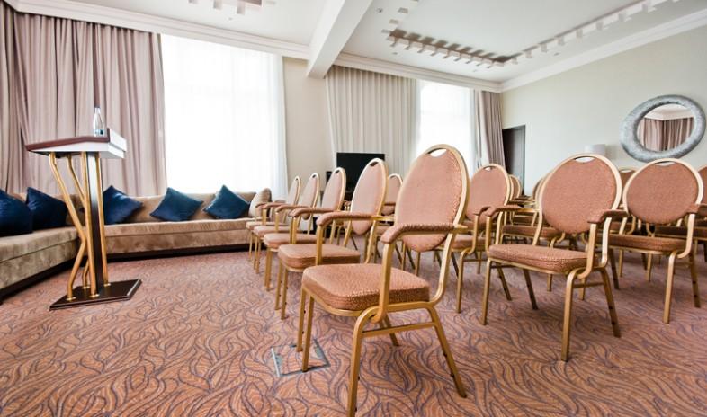 Hotel-kings-court Meetings.jpg
