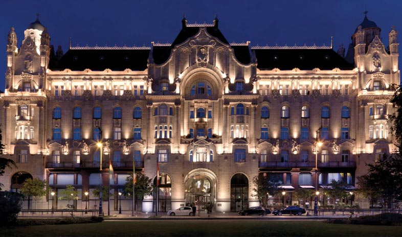 Four-seasons-hotel-gresham-palace-budapest Meetings.jpg
