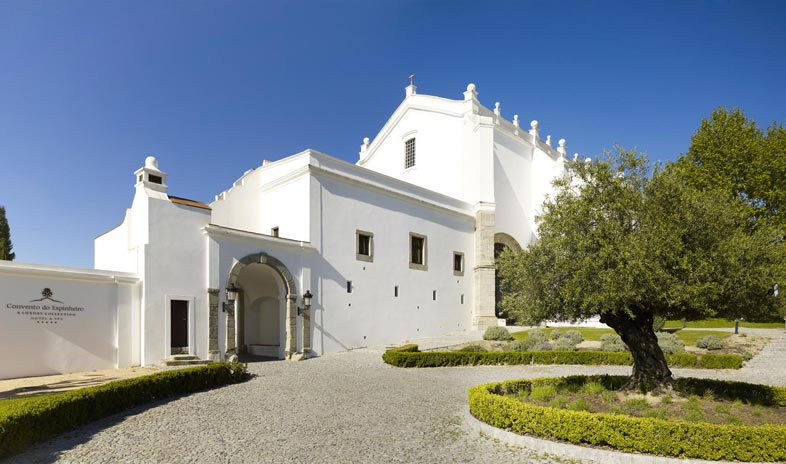 Convento-do-espinheiro-hotel-and-spa-evora Meetings.jpg