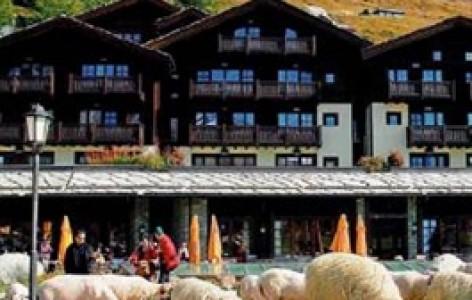 Riffelalp resort 2222m 3920 zermatt webcam
