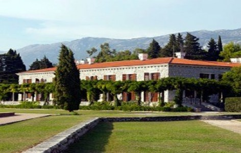 Aman-sveti-stefan Meetings.jpg