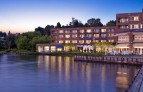 Woodmark-hotel-yacht-club-and-spa Kirkland.jpg