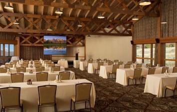 Snow King Resort Hotel &...