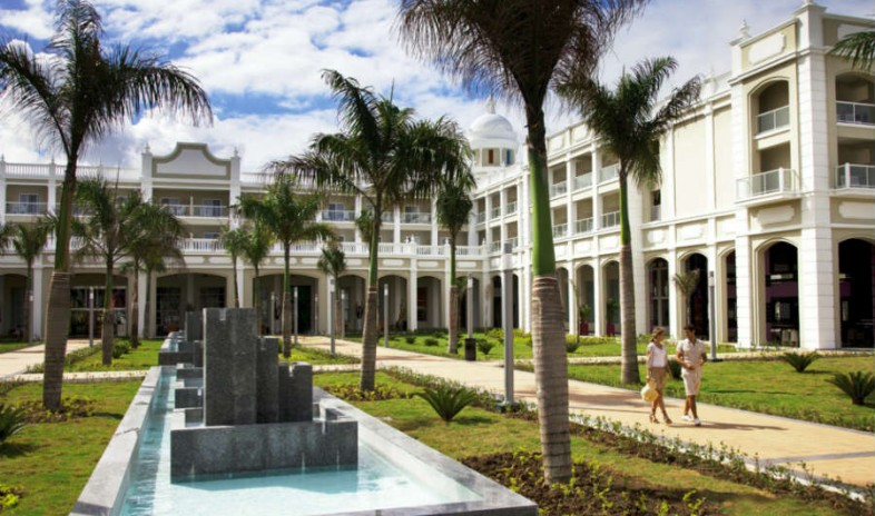 Hotel-riu-palace-bavaro Meetings.jpg