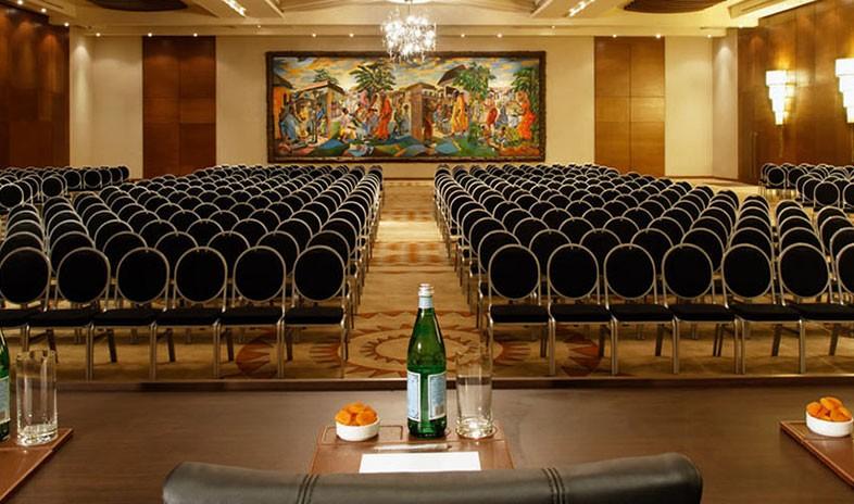 Moevenpick-ambassador-hotel-accra Meetings.jpg