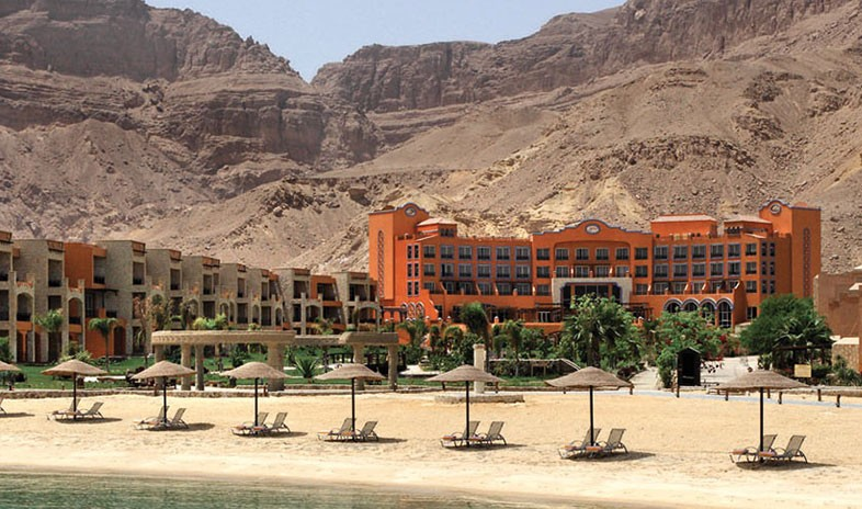 Moevenpick-resort-el-sokhna Meetings.jpg