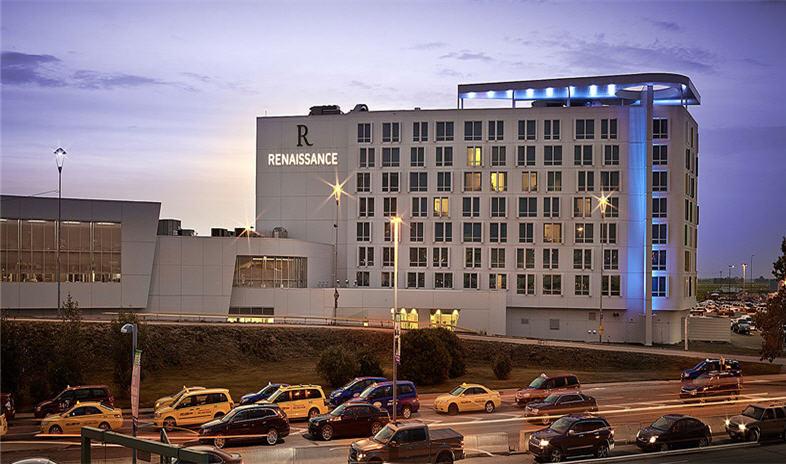 Renaissance-edmonton-airport-hotel Meetings.jpg