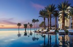 Hilton-los-cabos-beach-and-golf-resort.jpg