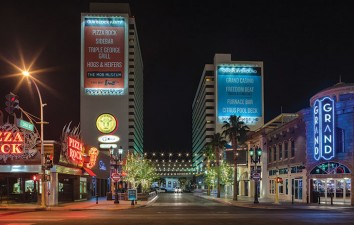 Downtown Grand Hotel &...