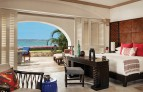 Oneandonly-palmilla-resort Boutique.jpg