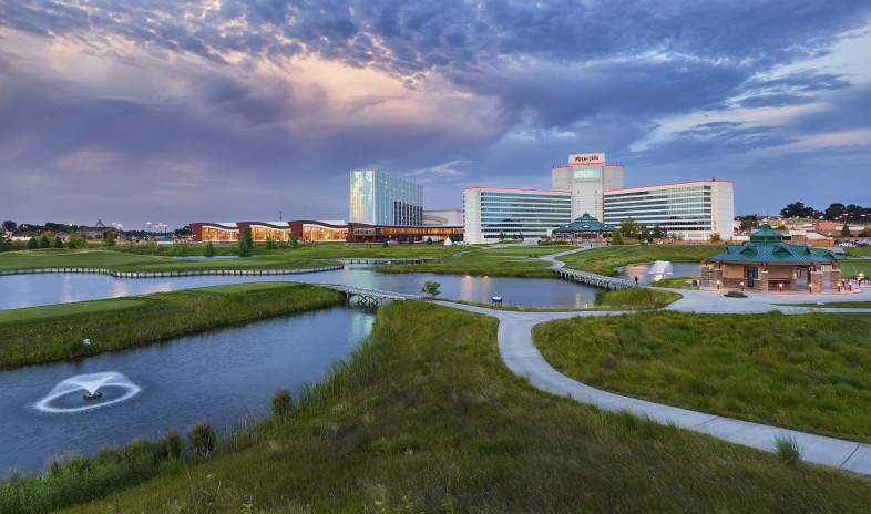 Mystic-lake-casino-hotel Convention-center.jpg