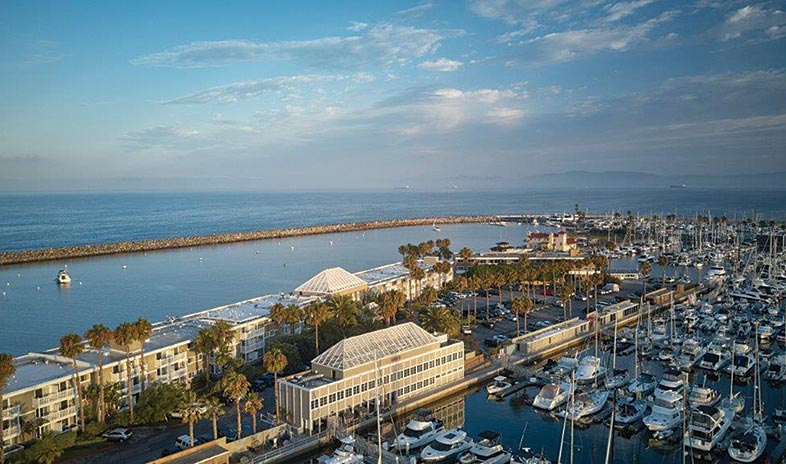 The-portofino-hotel-and-marina-at-redondo-beach.jpg